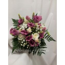 Ramo de lisianthus rosa